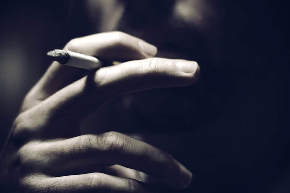 Do smokers know what they are doing to their life expectancy?