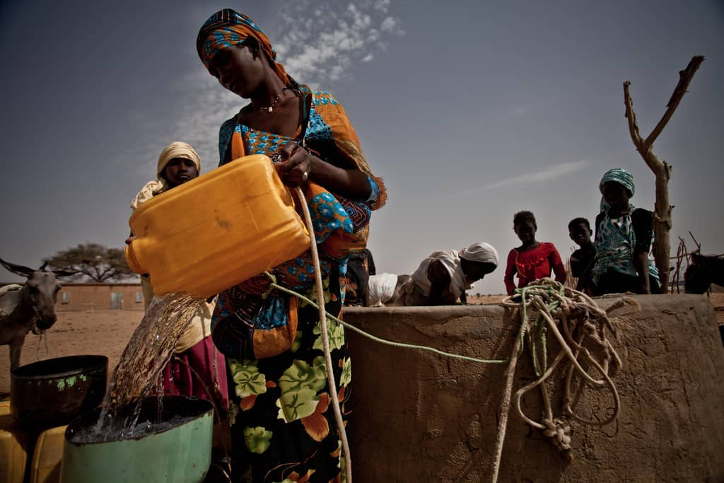 "Female-headed households are more economically vulnerable to climate-related shocks for three big reasons, which researchers call a ""triple burden"". Photo: Pablo Tosco/Oxfam"